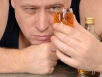 Можно ли алкоголику пить понемногу
