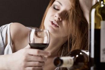 Алкогольный рассказ о женском алкоголизме и пьющих женщинах